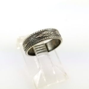 Antique Style 4.2mm Patterned Pinky Midi Ring